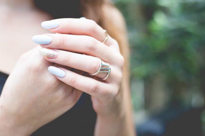 Mooie nagels met onze professionele manicure-behandeling