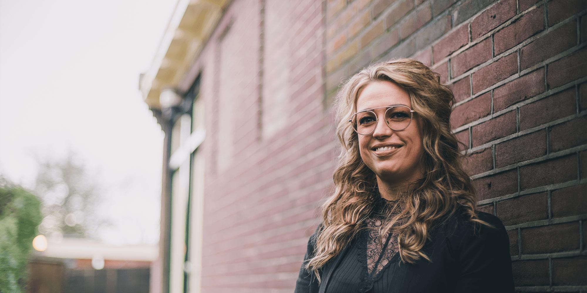 Miranda Kleinmeulman, eigenaresse en specialist in huid- en haarverbetering | Schoonheidsinstituut Het Hogeland